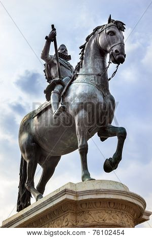 King Philip Iii Equestrian Statue Plaza Mayor Cityscape Madrid Spain
