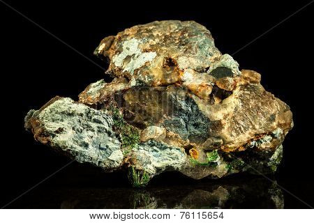 Conglomerate With Malachite, Quartz And Cavansite