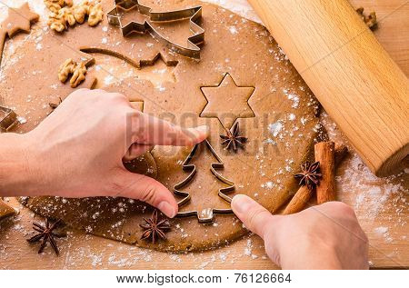 Baking Christmas gingerbread.