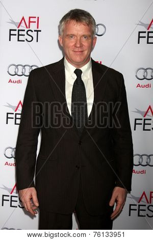 LOS ANGELES - NOV 13:  Anthony Michael Hall at the