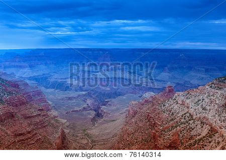 Fascinating And Beautiful Early Sunrise Hour At Grand Canyon