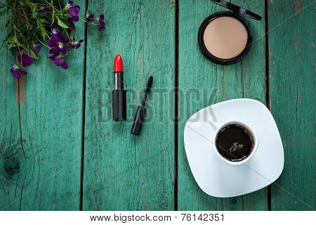 Glamour Girls Morning. Make-up And Coffee