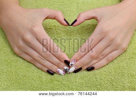 Beauty Treatment Of Fingernails, Hands Show Heart Sign