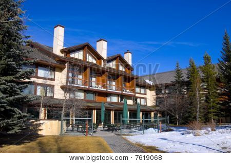Top Class Rocky Mountain Resort