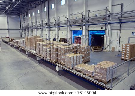 Unloading System, Inside Warehouse Doors Loading Dock.