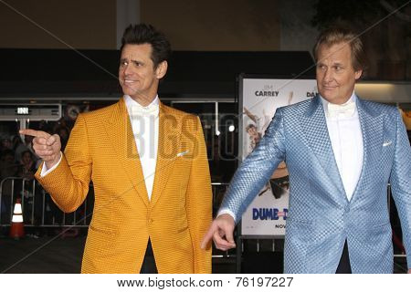 LOS ANGELES - NOV 3:  Jim Carrey, Jeff Daniels at the Dumb and Dumber To Premiere at the Village Theater on November 3, 2014 in Los Angeles, CA