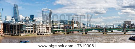 The  River Thames Panorama  In London.
