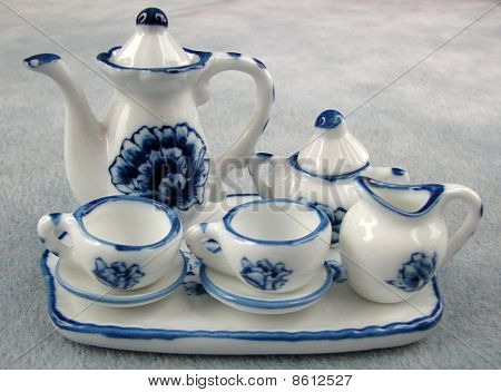 miniature dollhouse tea set
