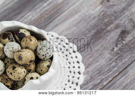 Small Quail Eggs Wooden Table Dish