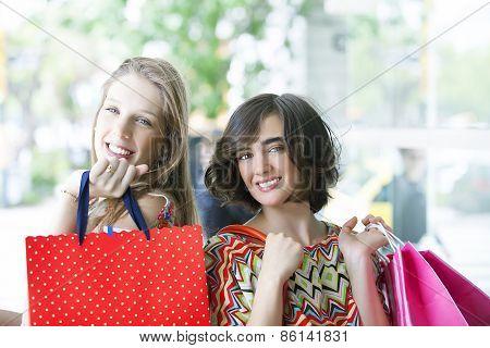 Gorgeus girls going shopping
