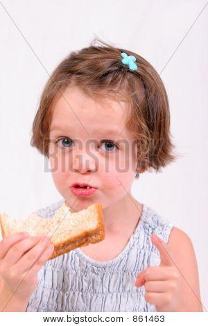 girl eating2