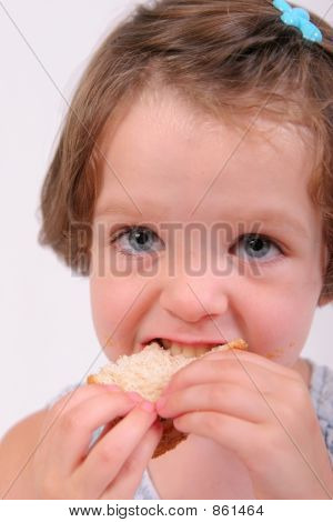 girl eating3