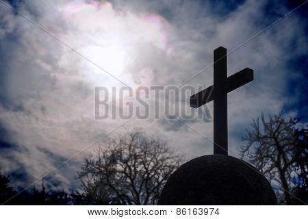 Cross on a spherical socket