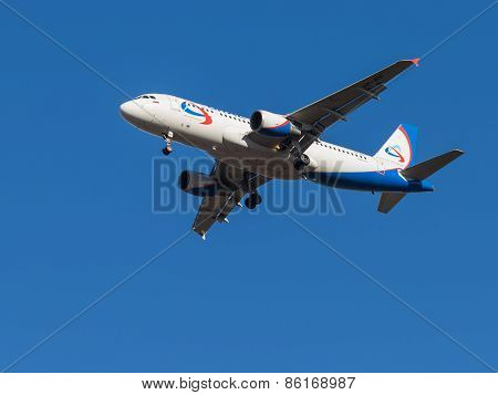 Airbus A320, Airlines Ural Airlines