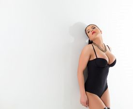 pic of erotic  - Image of hot model plus size advertises erotic lingerie - JPG