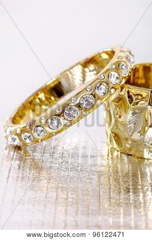 glamour diamond female bracelet