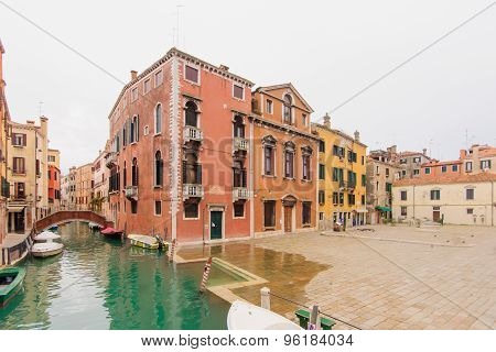 Canals, Venice