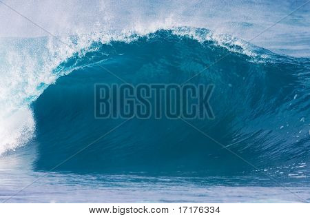 Perfect Blue Surfing wave with Large Tube