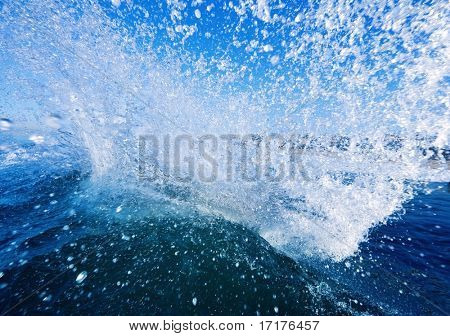 Splash of Water, Blue Sky and Blue Ocean