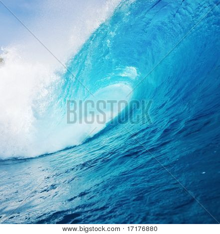Potente Blue Ocean Wave