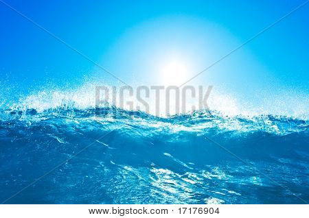 Breaking Blue Wave with Sun