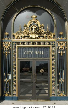 San Francisco'S City Hall Main Door Close Up