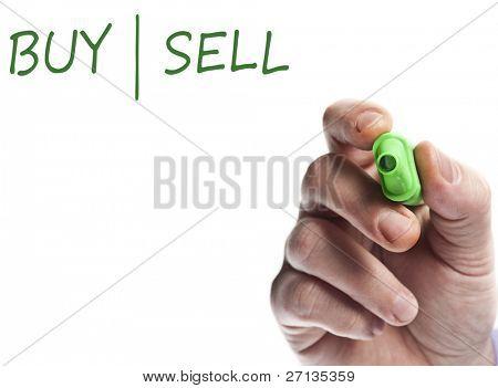 Hand schreiben mit der grüne Markierung