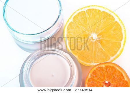 revitalizing cream with vitamin C