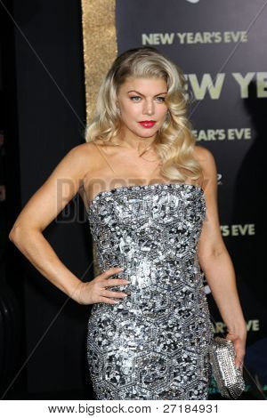 LOS ANGELES - DEC 5:  Fergie aka Stacy Ferguson arrives at the