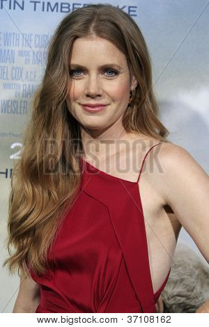 LOS ANGELES - SEP 19: Amy Adams at the Premiere of 'Trouble With The Curve' on September 19, 2012 in Los Angeles, California