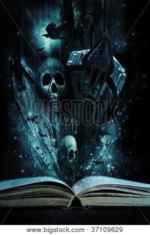 Livro de história aberto com histórias de Halloween que vivo