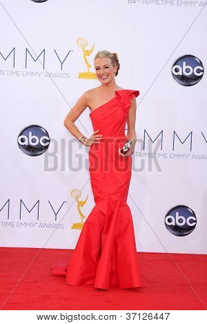 LOS ANGELES - SEP 23:  Cat Deeley arrives at the 2012 Emmy Awards at Nokia Theater on September 23, 2012 in Los Angeles, CA