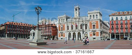 Plaza Mayor And The City Hall Of Valladolid