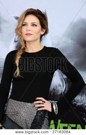 LOS ANGELES - SEP 24:  Skylar Grey arrives at the