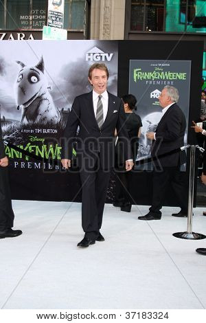 LOS ANGELES - SEP 24:  Martin Short arrives at the