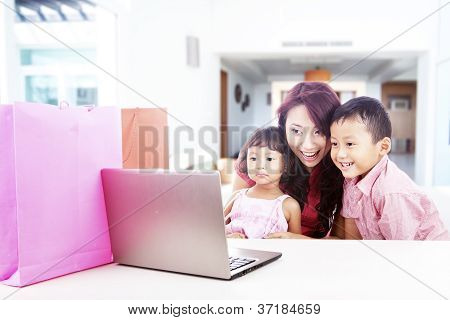 Family Shopping Online