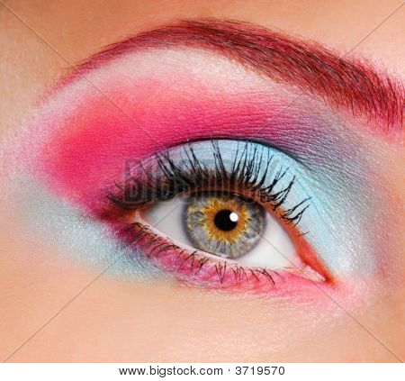 Beautiful Eye Make-Up