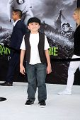 LOS ANGELES - SEP 24:  Atticus Shaffer arrives at the