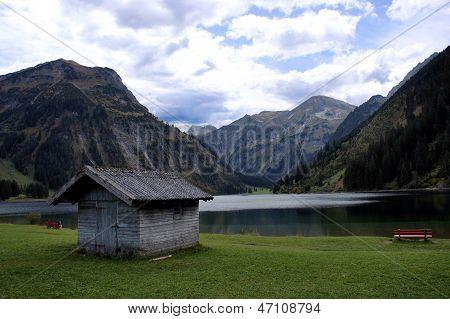 Idyll at the lake