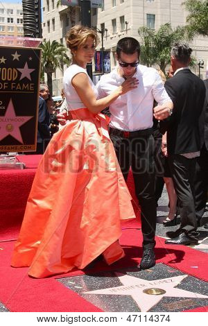 LOS ANGELES - JUN 20:  Jennifer Lopez, Casper Smart at the Hollywood Walk of Fame star ceremony for Jennifer Lopez at the W Hollywood Hotel on June 20, 2013 in Los Angeles, CA