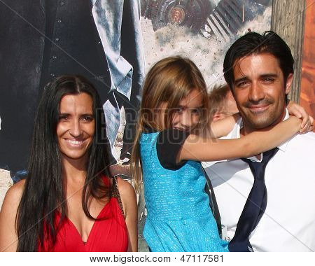 LOS ANGELES - JUN 22:  Gilles Marini, wife, daughter (blue), friend arrives at the World Premiere of
