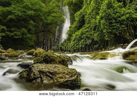 Mountain Stream-costa Rica