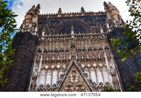Facade Christ Disciples Statues Cathedral Of Saint Mary Of The See Seville Spain