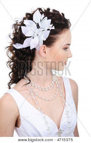 Novia con peinado moderno