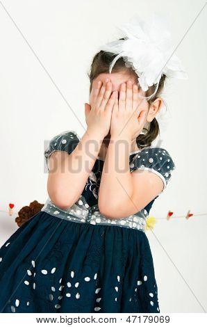 The Elegant Girl Cries