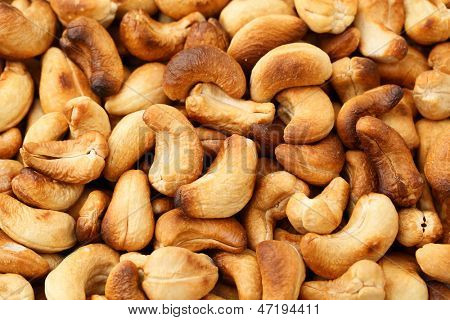 Baked cashew nuts