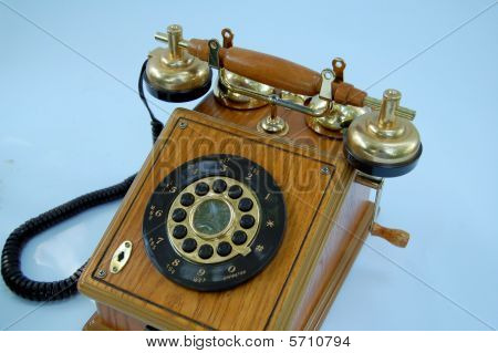 Wood Grain Wind up Vintage Telephone