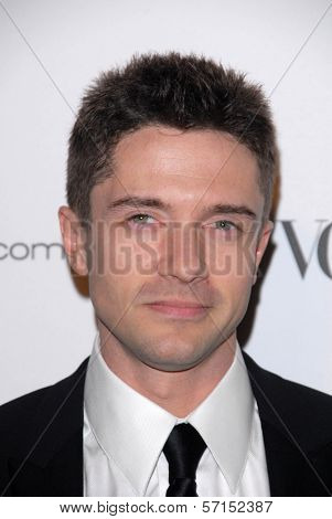 Topher Grace  at the 2011 Art Of Elysium