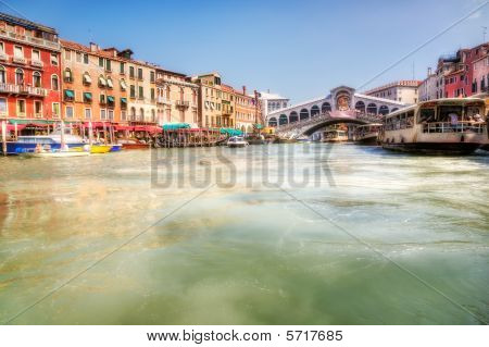 Venice Grand Canal And Realto Bridge View