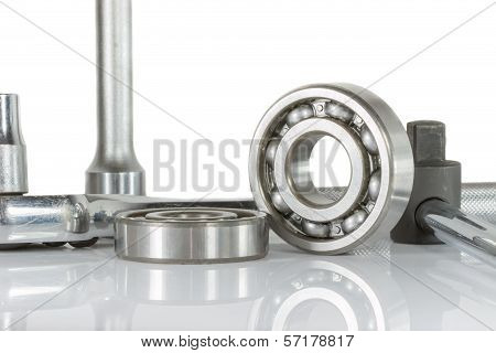 Ball Bearing With Drive Socket Set